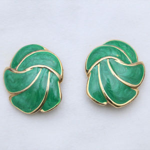 "Jewelry - 80's Vintage ""TERESA"" Large Fancy Clip On Earrings"